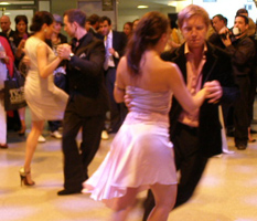 Tango Dancers at Malbec World Day in New York - Photo by Luxury Experience